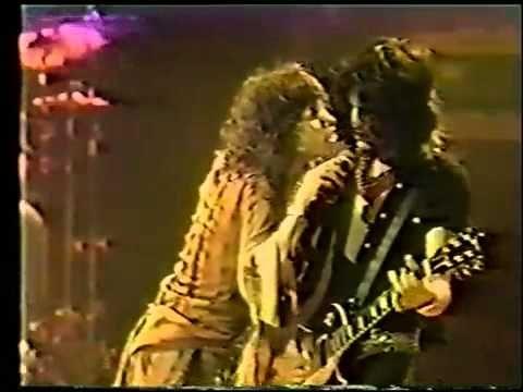 ▶ Aerosmith - Toys In The Attic Live 1977 - YouTube
