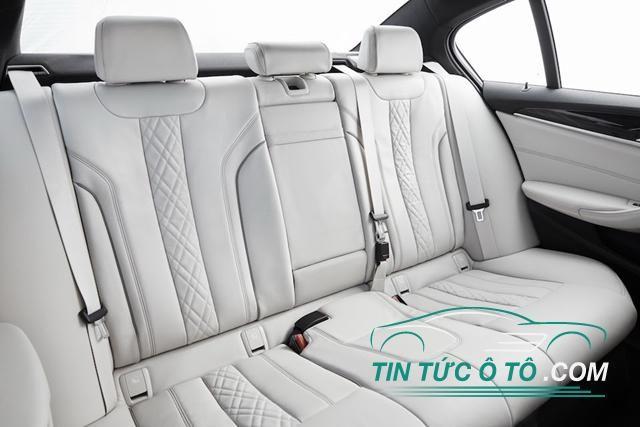 Ghế của BMW 5-Series 2017 có tính năng mát-xa