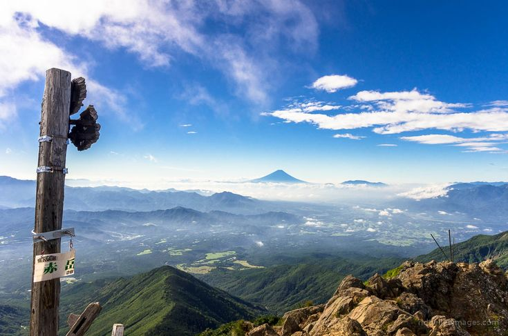 Mt. Tenran 天覧山 – Mt. Tonosu 多峯主山 . A Great Spot to Enjoy Natural Surroundings in Saitama Located at what might be considered the commutable edge of Tokyo, Hanno City in Saitama Prefecture is … Hanno hike