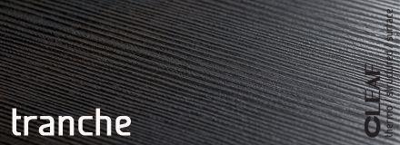 Wzór i struktura przetartego tartacznego drewna - Cleaf Tranche - to dowód, że Cleaf tak samo jak na technologicznych innowacjach skupia się na unikalnej i wyprzedzającej trendy stylistyce swoich produktów. Płyta Cleaf Tranche jest nie tylko odzwierciedleniem naturalnego, surowego drewna wraz z typowymi dla tego materiału rysunkami wirów, pętli czy słojów. więcej: http://www.forner.pl/pl/cleaf-tranche-struktura-z-kolekcji-forner-59-cleaf