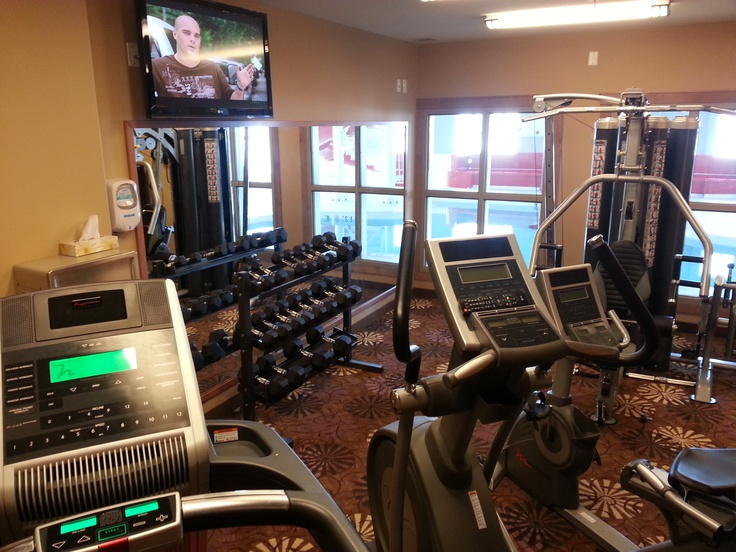 Need to keep up with your exercise plans? Our fitness centre features state of the art equipment including treadmill, elliptical trainer, stationary bike, free weights and a muilt-position weight machine.