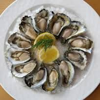 Oysters. Ostiones