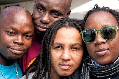 La despenalización completa de la homosexualidad en Mozambique entrará en vigor a finales de junio Humming Albus   Dos Manzanas, 205-06-01 http://www.dosmanzanas.com/2015/06/la-despenalizacion-completa-de-la-homosexualidad-en-mozambique-entrara-en-vigor-a-finales-de-junio.html