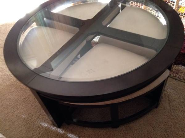 Cocktail/Coffee Table with Seating for 4 - $210 (Memphis)
