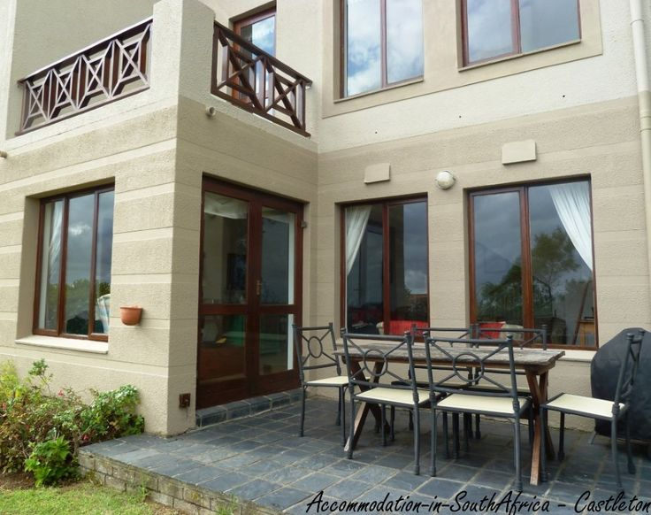Self-catering Accommodation Castleton Holiday Apartments