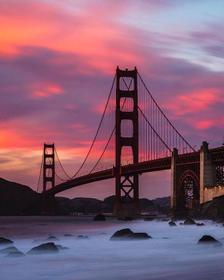 sunset vibes at the Golden Gate Bridge