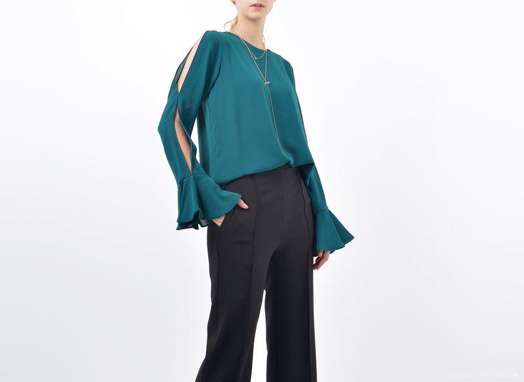 Loren Shoulder Cut Out Blouse │ Shop at bosroom.com #offshoulder #vibes #blouse #shoulder cut blouse #fall