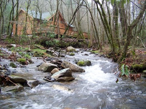 Beautiful Log Cabin On A Small River Favorite Places