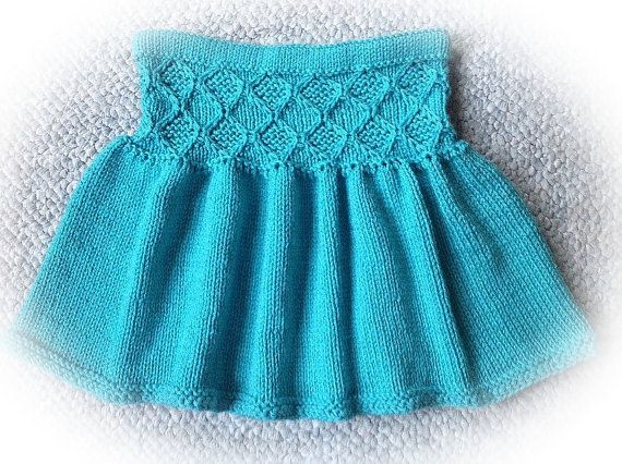 10+ ideas about Skirt Knitting Pattern on Pinterest Knitted skirt, Cable kn...