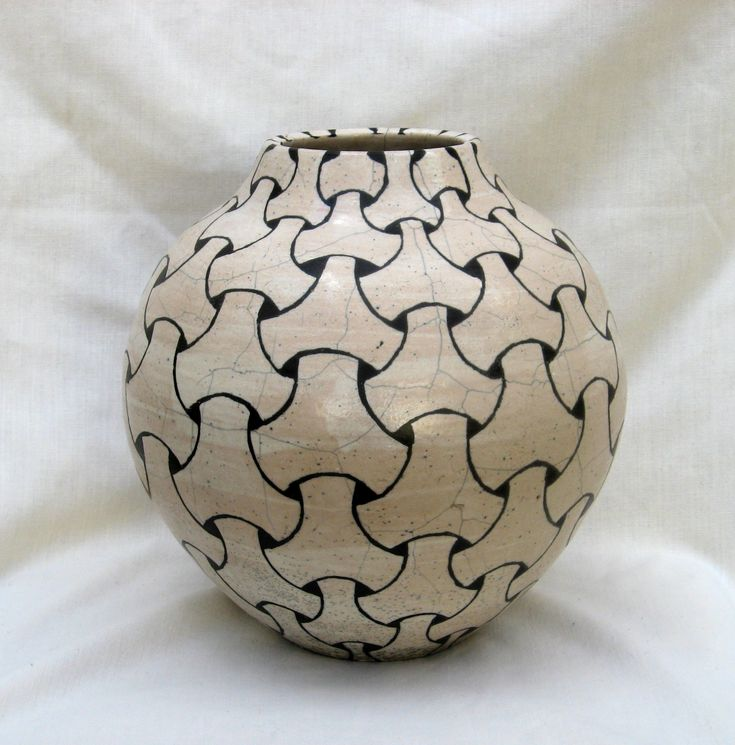 Black and white tiling pattern on raku pot by terry for Design patterns for pot painting