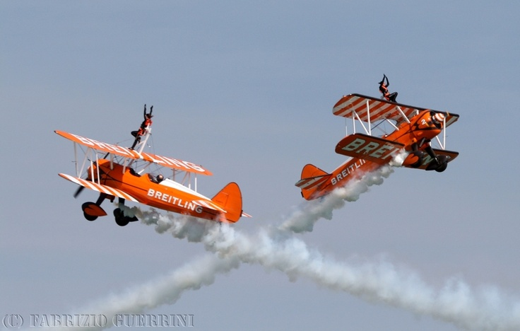 Breitling Wingwalkers crossing @ Jesolo Air Extreme, june 2011