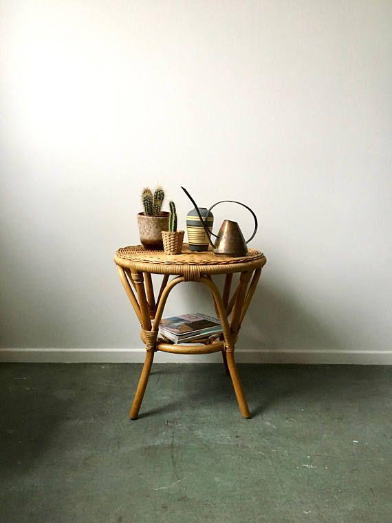 Mid Century Table Rattan Vintage Side Table Mid Century Furniture Floral Table Korbtisch Vintage Beistelltische Teewagen Und Blumentisch