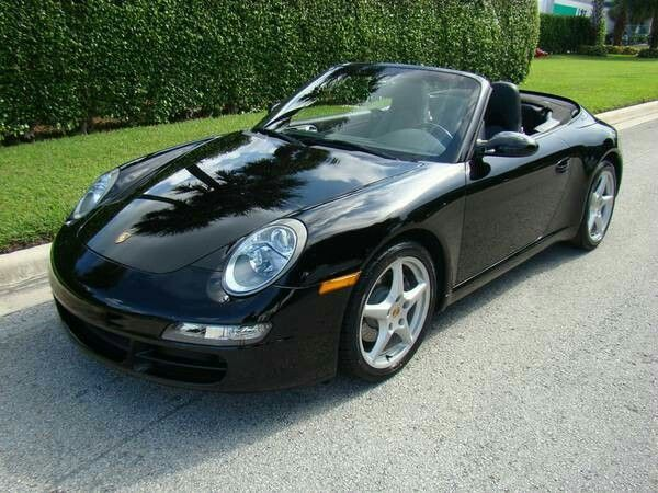 Porsche 911 / 2006 / Miami