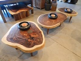 Round Suar coffee table with 3 wooden legs