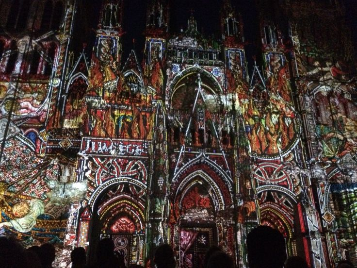 Juego de luces catedral de Rouen agosto 2015
