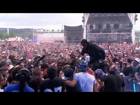 Openair Frauenfeld: Rapper Travis Scott bespuckt einen Zuschauer! - YouTube