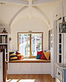 Reading nook books nooks pinterest reading nooks Window seat reading nook