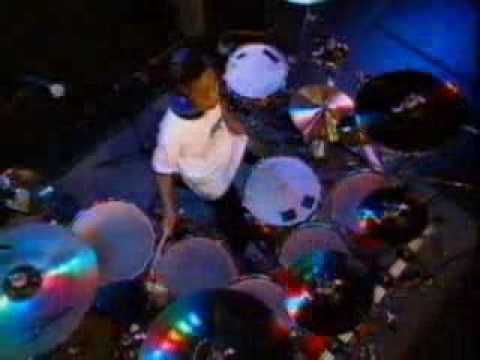 as a drummer i always admired this solo even dough tony royster JR is much older today i still find this is most special  solo