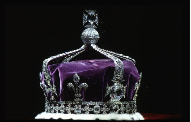 Queen Elizabeth's crown | Fleur de lis | Pinterest