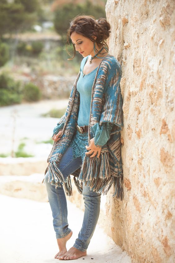 0896bb87288e5 40 Unique Winter Boho Outfit Styling Ideas to Flaunt Bohemian ...