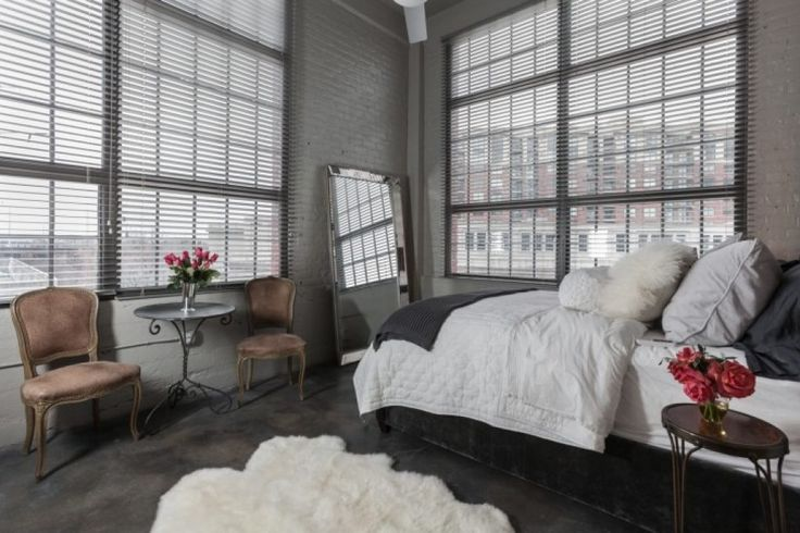 10 Best Ideas About Bed Between Windows On Pinterest