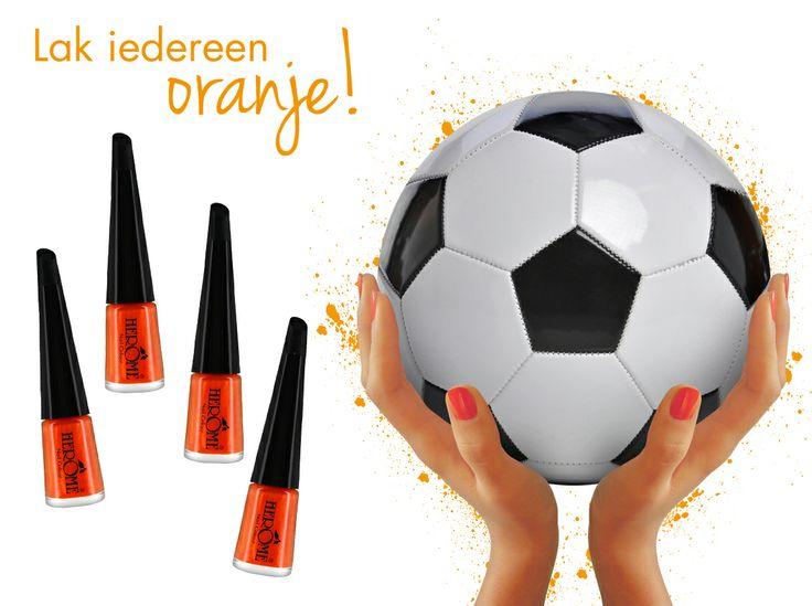 Wij houden van oranje! Jij toch ook? Wanneer voelde jij je 100% Hollands? Re-pin deze afbeelding en maak kans op een WK-kit speciaal voor prachtig Hollandse nagels!