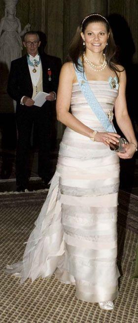 Victoria's dress, Nobel diner