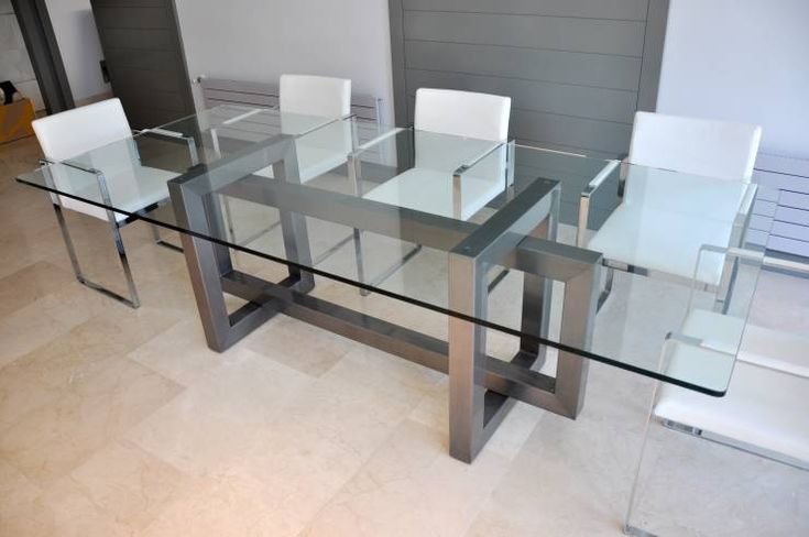 THASOS - Mesa de vidrio moderna: Comedor de estilo translation missing: es.style.comedor.moderno de GONZALO DE SALAS