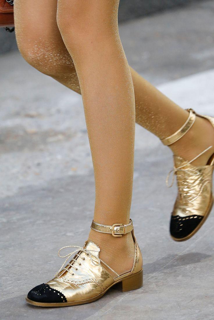 Chanel Spring 2015 Ready-to-Wear - Details - Gallery - Look 41 - Style.com www.YouLOVEMoneyBack.com