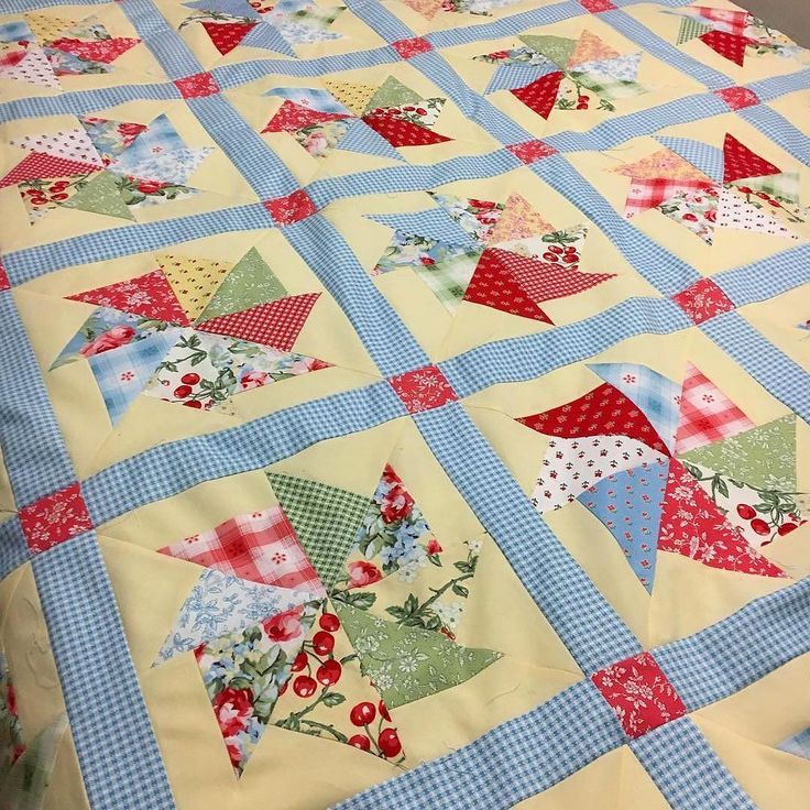 """Beautiful Kindred Pinwheels Quilt! And the fabric used in the original (fabric used is """"Simply Chic"""")Kindred Pinwheels tutorial with Jenny is our daily deal today! #Repost @quiltlovebybecky ・・・ Can't wait to quilt this one! Simply Chic by Anne Stuart for Benartex #msqcshowandtell #benartex"""