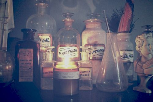 Vintage Apothecary Bottles  from moontomoon.blogspot.com