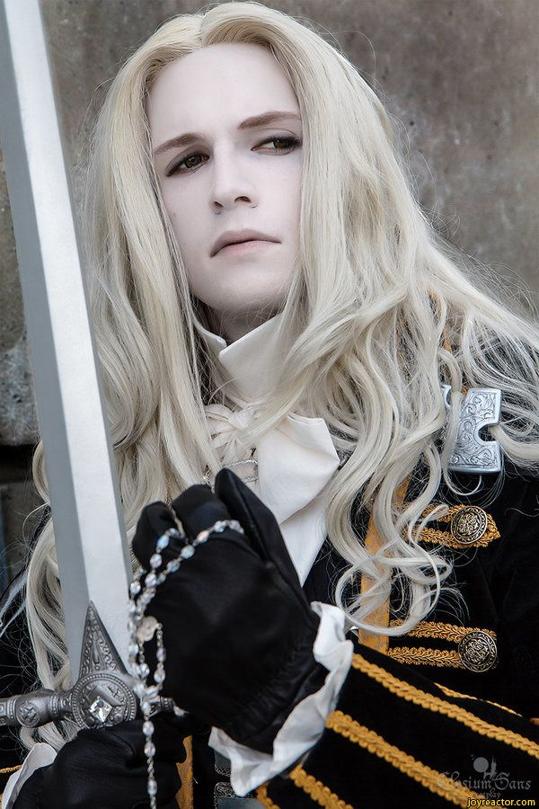 I remember playing Castlevania and think he's pretty cool. alucard-Castlevania-games-cosplay-1187924.jpeg (600×900)