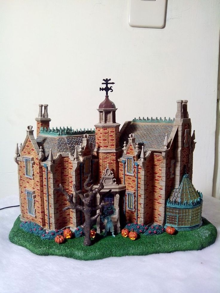 Disney Village Haunted Mansion Light Up House Retired