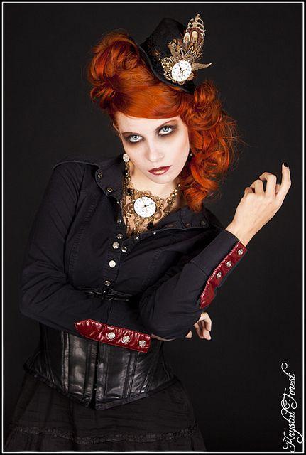 Krystal Forest Photography : www.krystalforest.com/  Model : Seregwen  Make-up : Sophie L  Hair : Charlotte V  Jewelry : A mon seul désir