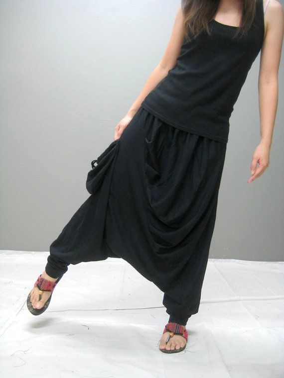 kr240.00  NOBU harem pant black by thaitee on Etsy