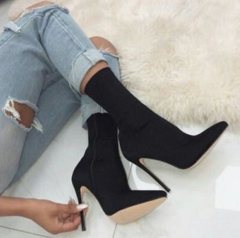 Women's Fashion High Heel boots Material: Suede ,PU Sole material: Rubber Platform: 0.40″ Heel high: 4.53″ Length: 5.91″ Heel style: High heels boots, Club sexy boots Color: Black Size: 35,36,37,38,39,40 Suitable for season: Autumn, Spring, Summer
