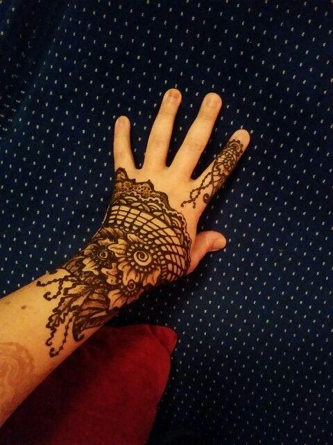 Holiday Henna