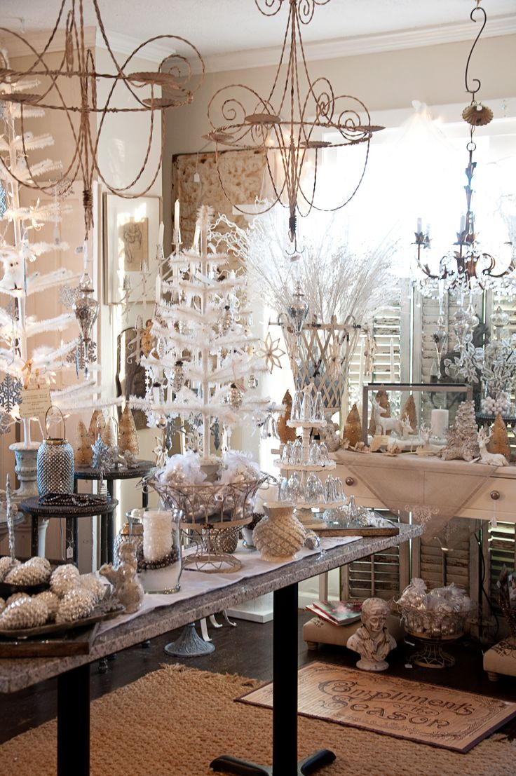 If I had a shop, it would look like this at Christmas.