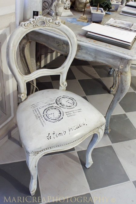 leather stenciled seat cover  #design #interior #inspiration