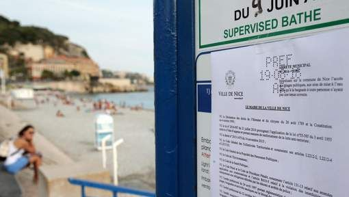 Boerkiniverbod: Franse politie dwingt vrouw om tuniek uit te trekken op strand…