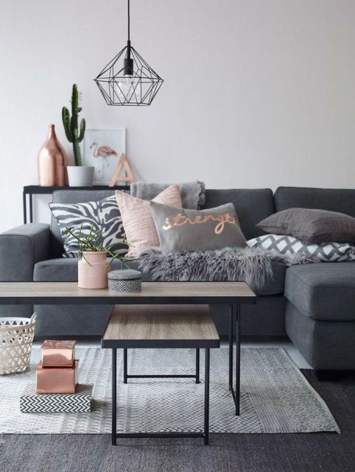 wandfarbe rosa dekoartikel akzente dekokissen vase graues sofa holz metall…