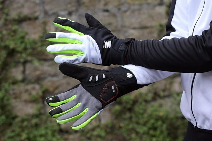 Your guide to the best winter gloves for cycling to keep your hands warm and dry