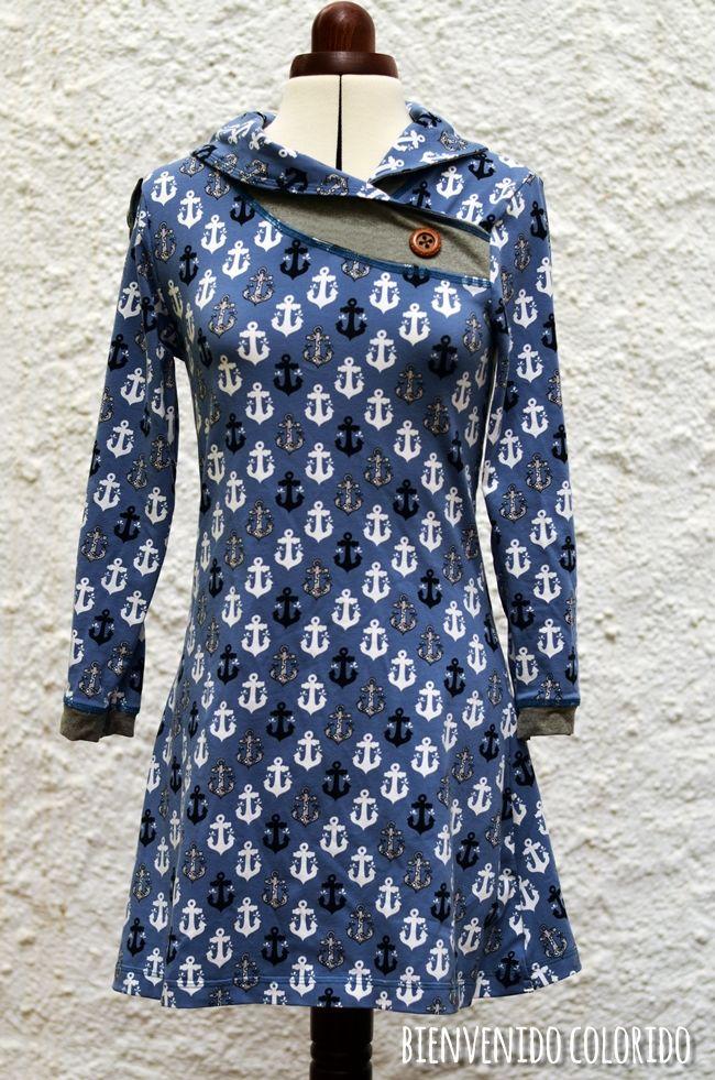 Das Kleid hab ich mich schon vor einiger Zeit genäht und irgendwie komplett vergessen, es zu zeigen: eine MARA aus Splish-Splash Jersey...