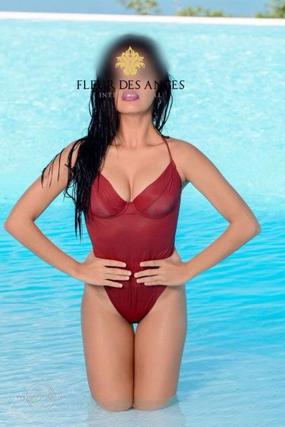 A self-realized sexual woman Barbara loves a man who will make her feel desired. She is passionate in many ways- if you are lucky you will get full taste of what Barbara brings to the table. #milanescort