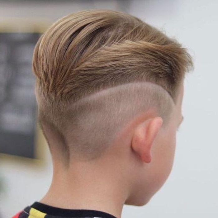 1001 Ideen Fur Trendy Frisuren Fur Jungs Top Trends Fur 2019 Jungs Frisuren Haarschnitt Kurzhaarfrisuren Jungs