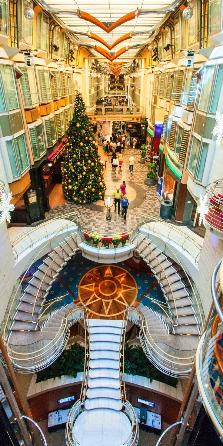 Independence of the Seas | Deck the holidays with Royal ...