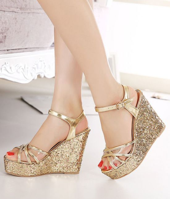 Cross Strap Wedge Sandals in Gold