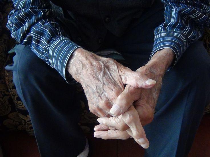Sala IV da la razón a adulto mayor enfermo y no irá a la cárcel por pensión