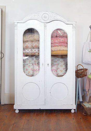 381 best Quilt Stacks images on Pinterest | Bees, Creativity and ... : quilt cupboard - Adamdwight.com