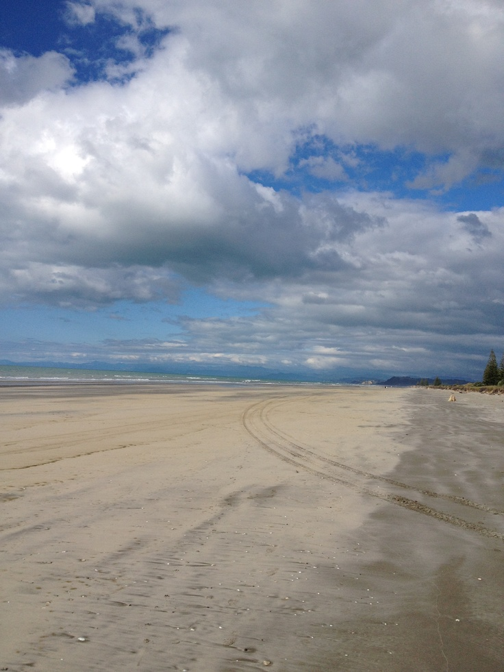 Ohope Beach towards Opotiki 18/08/12